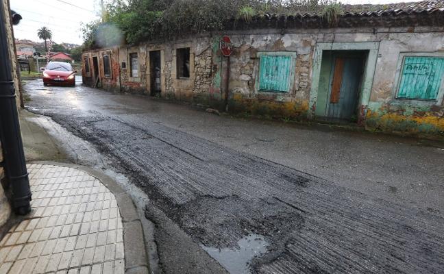 El plan de mejora de asfalto en calzadas llega a Villalegre y El Pozón