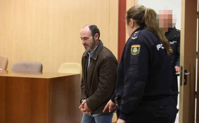 Javier Ledo acepta nueve meses de prisión por quebrantar la orden de alejamiento de su expareja