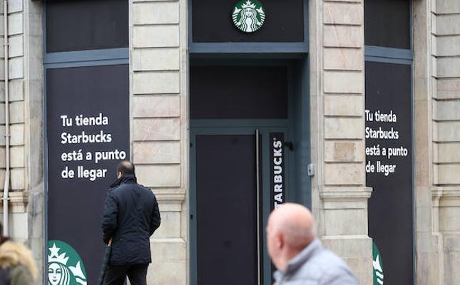 El Starbucks de Oviedo abrirá la semana que viene