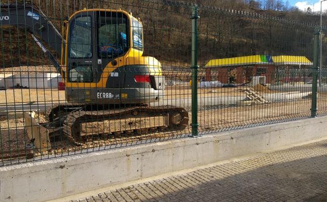 El punto limpio de Piloña podrá abrir sus puertas el próximo mes de abril