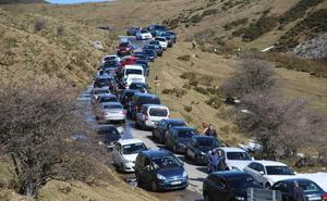 El Principado defiende el sistema de barreras y paneles para Covadonga