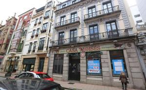 CaixaBank ocupará el antiguo edificio de Casa Moisés de Avilés los próximos veinte años
