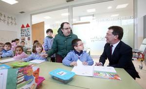 Tres nuevas aulas de Infantil «desahogan» el colegio de La Corredoria