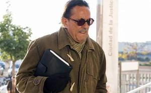 Julián Muñoz, hospitalizado de urgencia por una subida de tensión