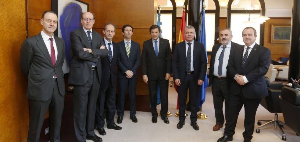 La gran industria asturiana se une para defender una tarifa eléctrica asequible