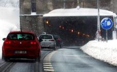 La DGT advierte que la nieve dificultará el tráfico en la autopista del Huerna