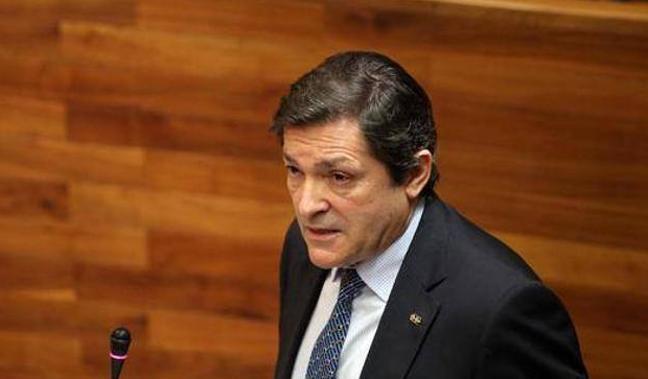 Javier Fernández: «Espero que el nuevo delegado de Gobierno trabaje por los intereses de Asturias»