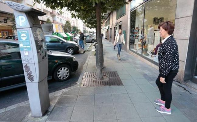 Rebajar las multas de la ORA «facilitaría el incumplimiento», dice Esteban Aparicio