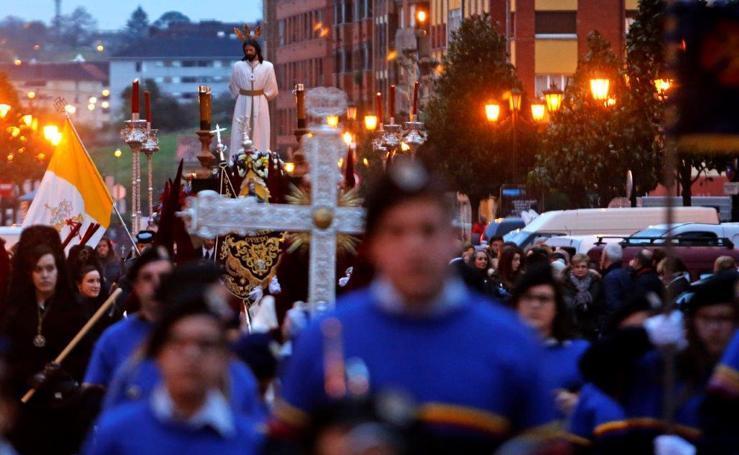 Procesión del Prendimiento de Los Estudiantes de Oviedo