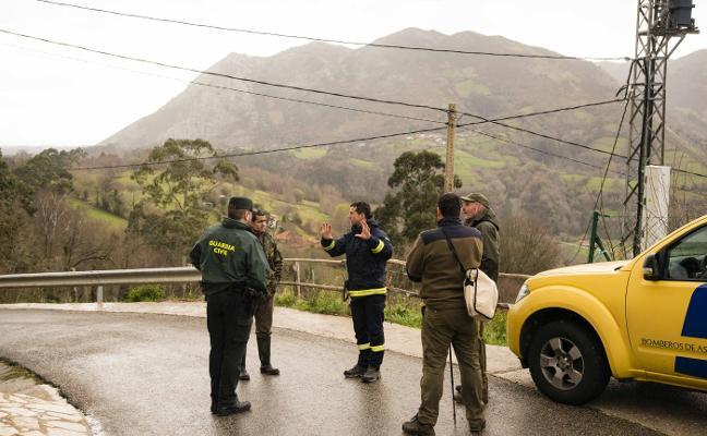 Buscan al octogenario desaparecido en Llanes por las riberas del río Vibaño
