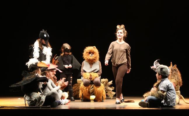 El Llar celebra el Día del Teatro con los grupos locales