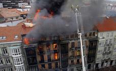 El compañero del bombero que falleció en Uría dice que están «desamparados»