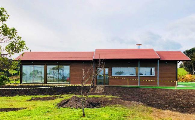 El chiringuito de Moniello abrirá el 19 de abril