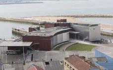 Cuatro empresas optan a gestionar el Acuario de Gijón para los próximos quince años