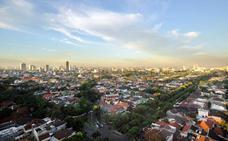 Al menos 28 muertos al consumir alcohol adulterado en Indonesia