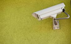 Cinco institutos colocan cámaras de videovigilancia en pasillos y zonas ciegas de los patios