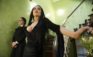 Los Addams se mudan al Jovellanos