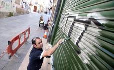 «Tenemos que ganar la guerra a los grafitis»