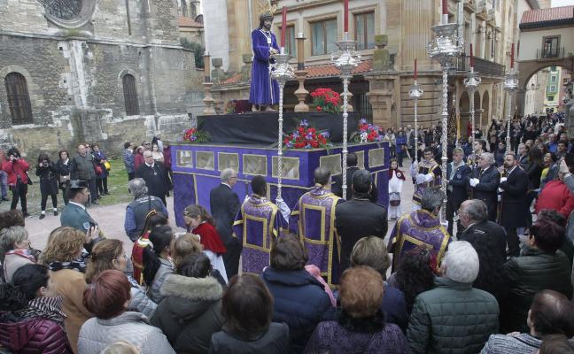 Homenaje a los sacerdotes con Jesús de la Sentencia