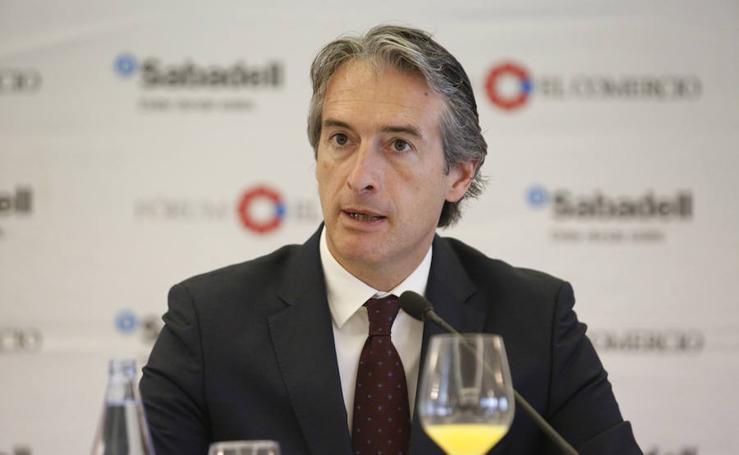 El ministro de Fomento, Íñigo de la Serna, en el Fórum EL COMERCIO