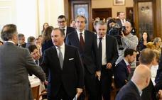 El ministro mantiene el año 2024 para culminar el Plan de Vías de Gijón