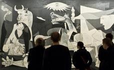 «El Guernica es autobiográfico y su título, un trampantojo»