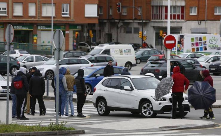 Tres de los cinco arrestados por la agresión en un bar de Gijón ingresan en prisión