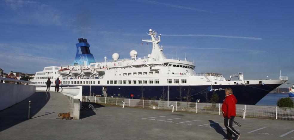 El crucero británico Saga Pearl II realiza mañana su tercera escala en Avilés
