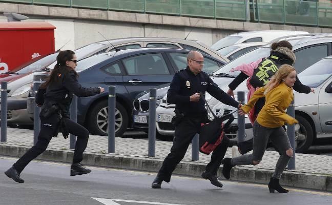 Se fuga de nuevo una de las jóvenes protagonistas de una persecución en Gijón