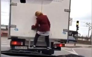 «Gritaba que su marido iba en el camión»