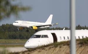Los pilotos de Vueling convocan cuatro días de huelga en abril y mayo