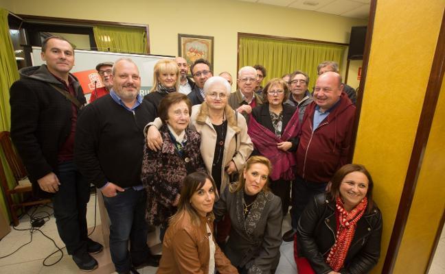 El PSOE homenajea a Ángeles Flórez, Maricuela
