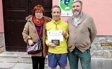 Un italiano se convierte en el peregrino número 30.000 del albergue riosellano