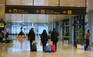 Asturianos en Inglaterra impulsan una campaña para que se mantengan los vuelos de Easyjet a Londres
