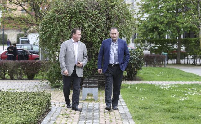 Baragaño y Paniceres optan a las presidencias de las cámaras con la fusión como objetivo