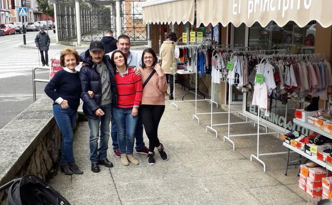 Rastrillo reivindicativo en La Paz, en Llanes