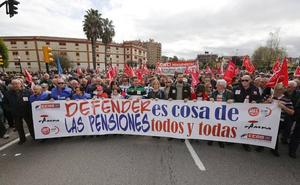 «Rajoy, escucha, devuélvenos la hucha»