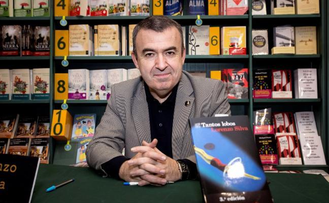 El escritor Lorenzo Silva dará el pregón de la XXV edición de LibrOviedo