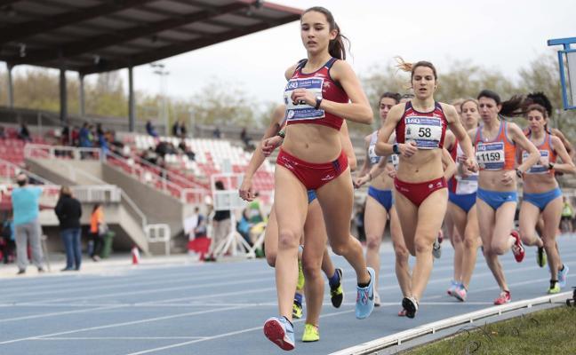 El Universidad y el Gijón Atletismo repiten título en el regional por clubes