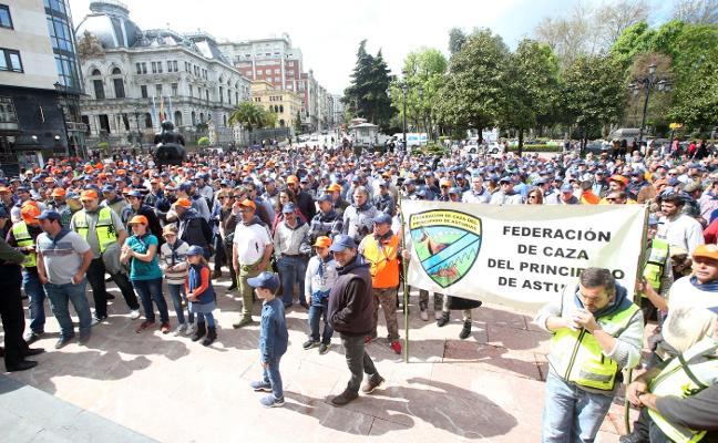 Los cazadores asturianos salen a la calle en defensa de «una forma de vida»