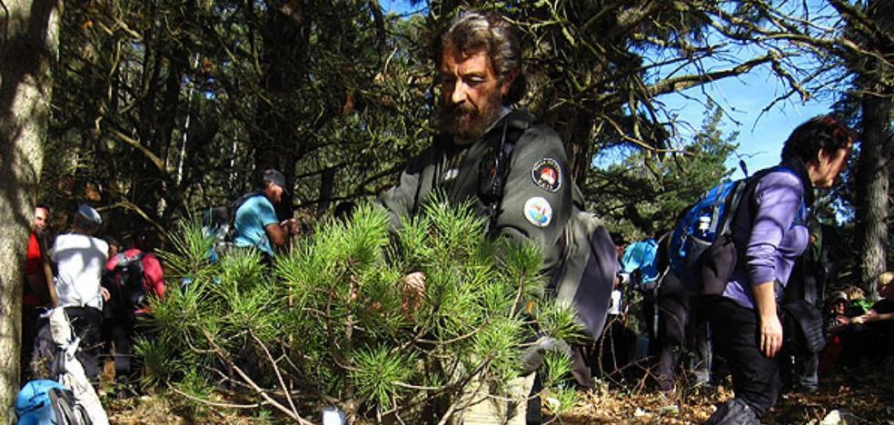 La montaña asturiana despedirá mañana al gijonés Arturo Larroza