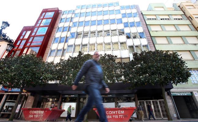 Liberbank pone en el mercado para venta o alquiler su edificio de San Francisco 15