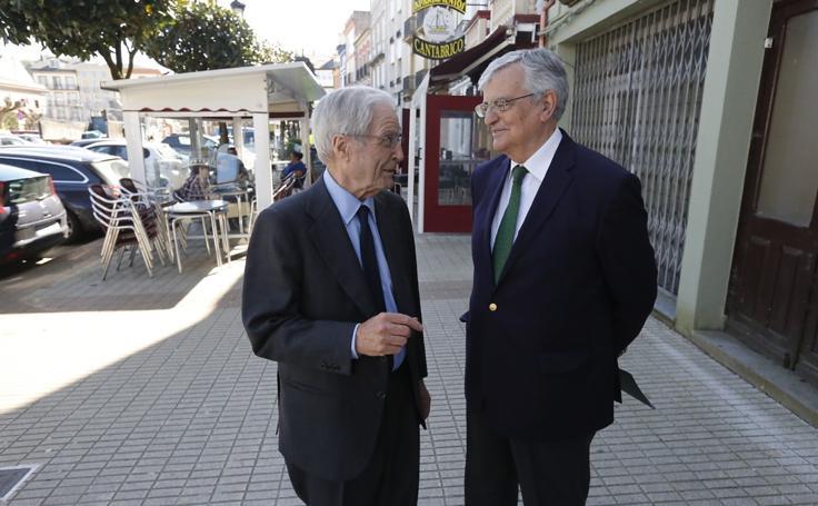Conferencia de Torres-Dulce y Garrigues Walker en Vegadeo