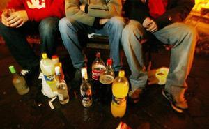 La ley contra el alcohol prevé sancionar a los padres de los menores que beban