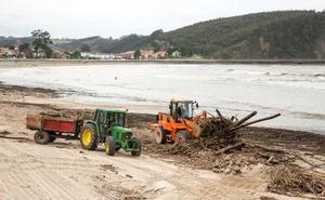 Cogersa cobrará 450.000 euros al año a los concejos por la limpieza de las playas