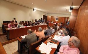 El gobierno local avilesino logra la aprobación del presupuesto a pesar de las dudas de los grupos