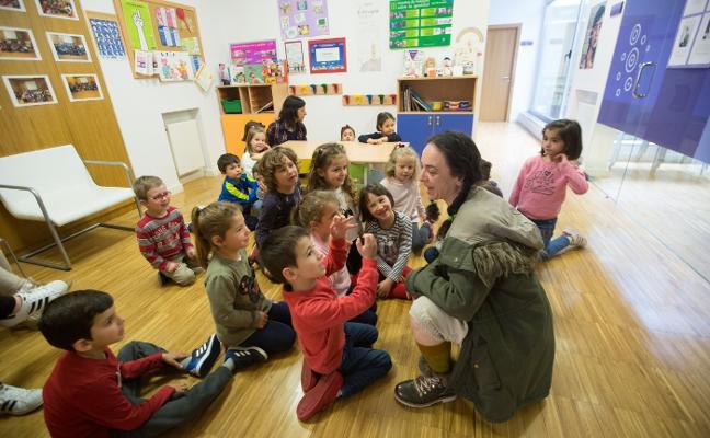 El Vallín se acerca al trabajo de la concejalía de Igualdad