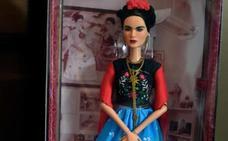 Un juez impide la venta de una Barbie de Frida Kahlo en México