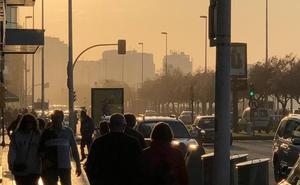 La contaminación se dispara y el Principado pide cautela a los que respiran con dificultad