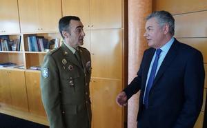 Fade y el Ejército colaborarán en el reciclaje laboral de los soldados
